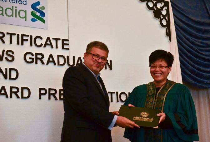 cil-graduation-2014-196